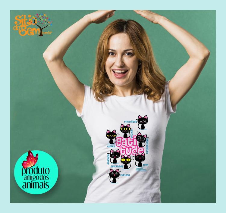 Camiseta com Desenho Gatitude